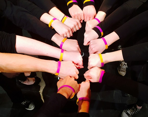 Theatre troupe supports self-injury awareness